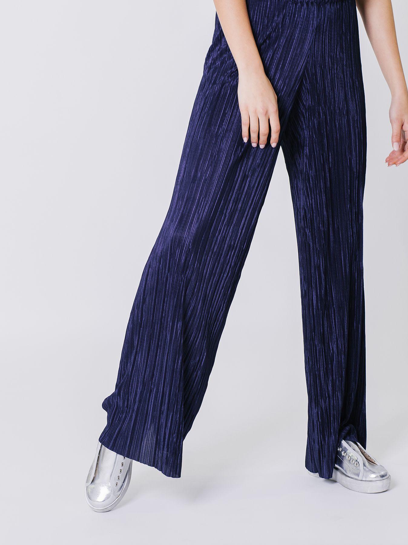Pantalone palazzo in micro plissé
