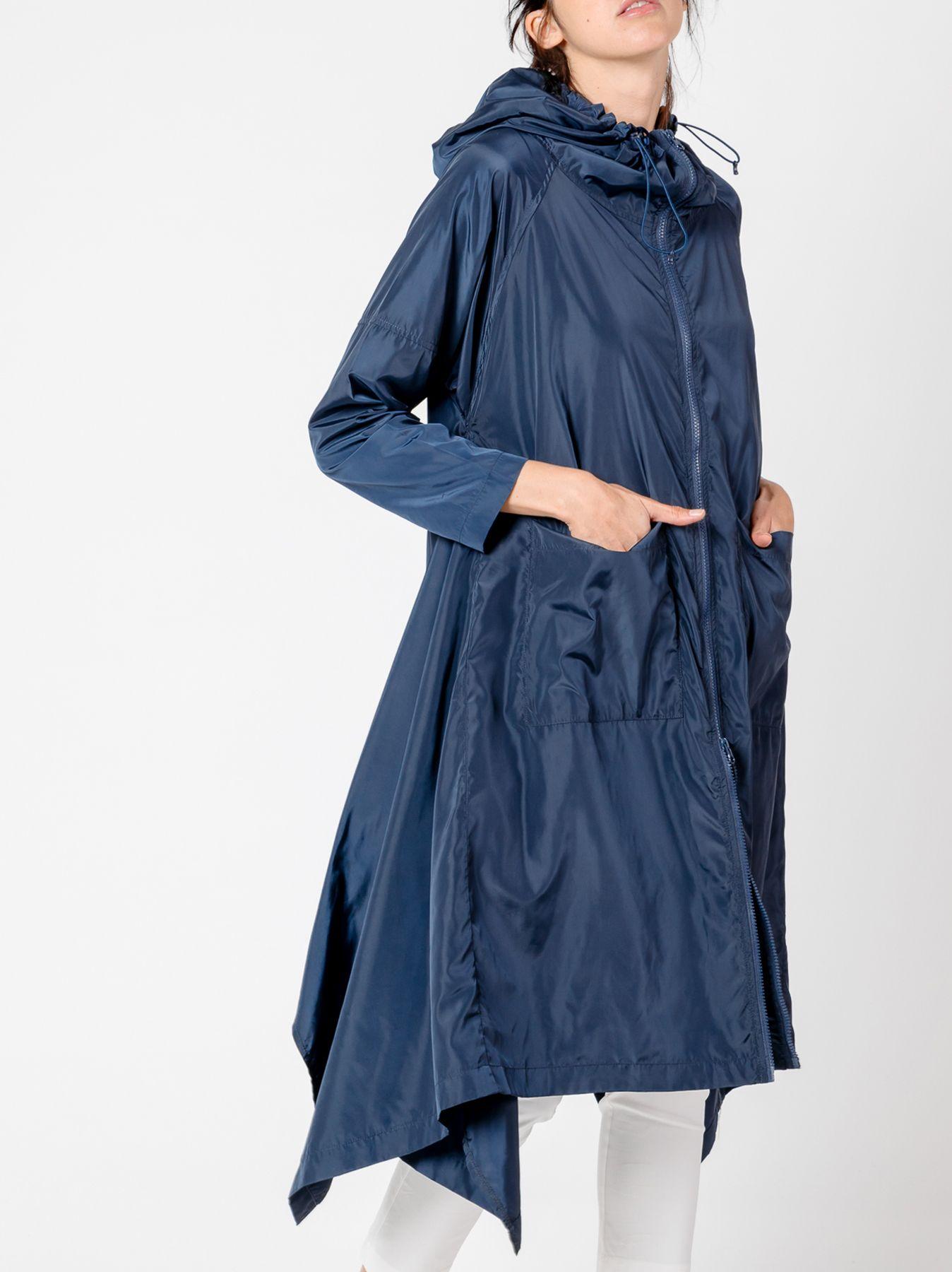 Spolverino lungo con cappuccio blu