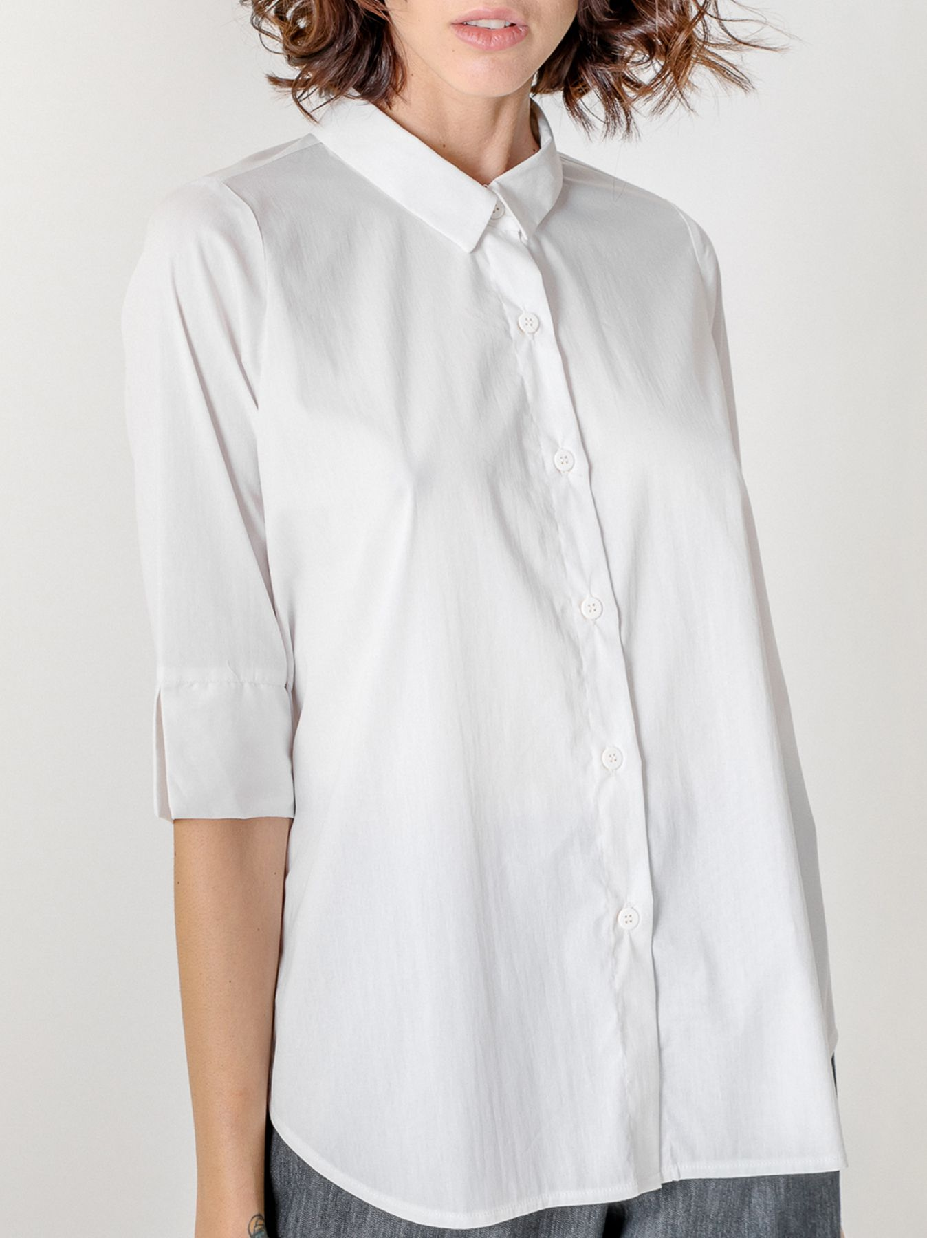 Camicia con allacciatura fronte retro