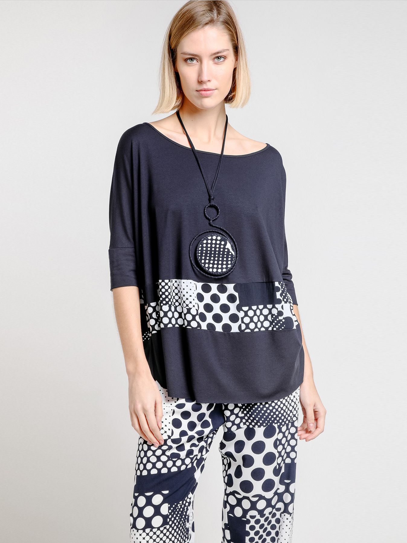 T-shirt ovetto con inserto POIS PATCHWORK