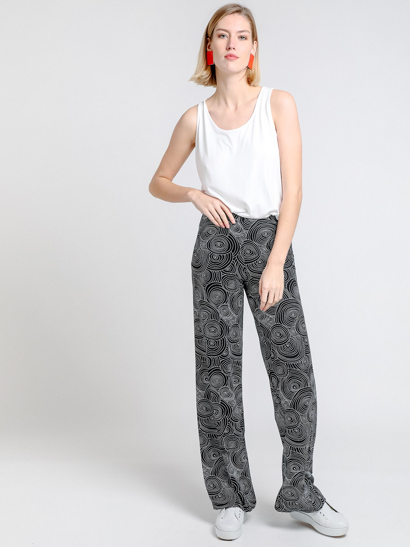 Pantalón con estampado vortice