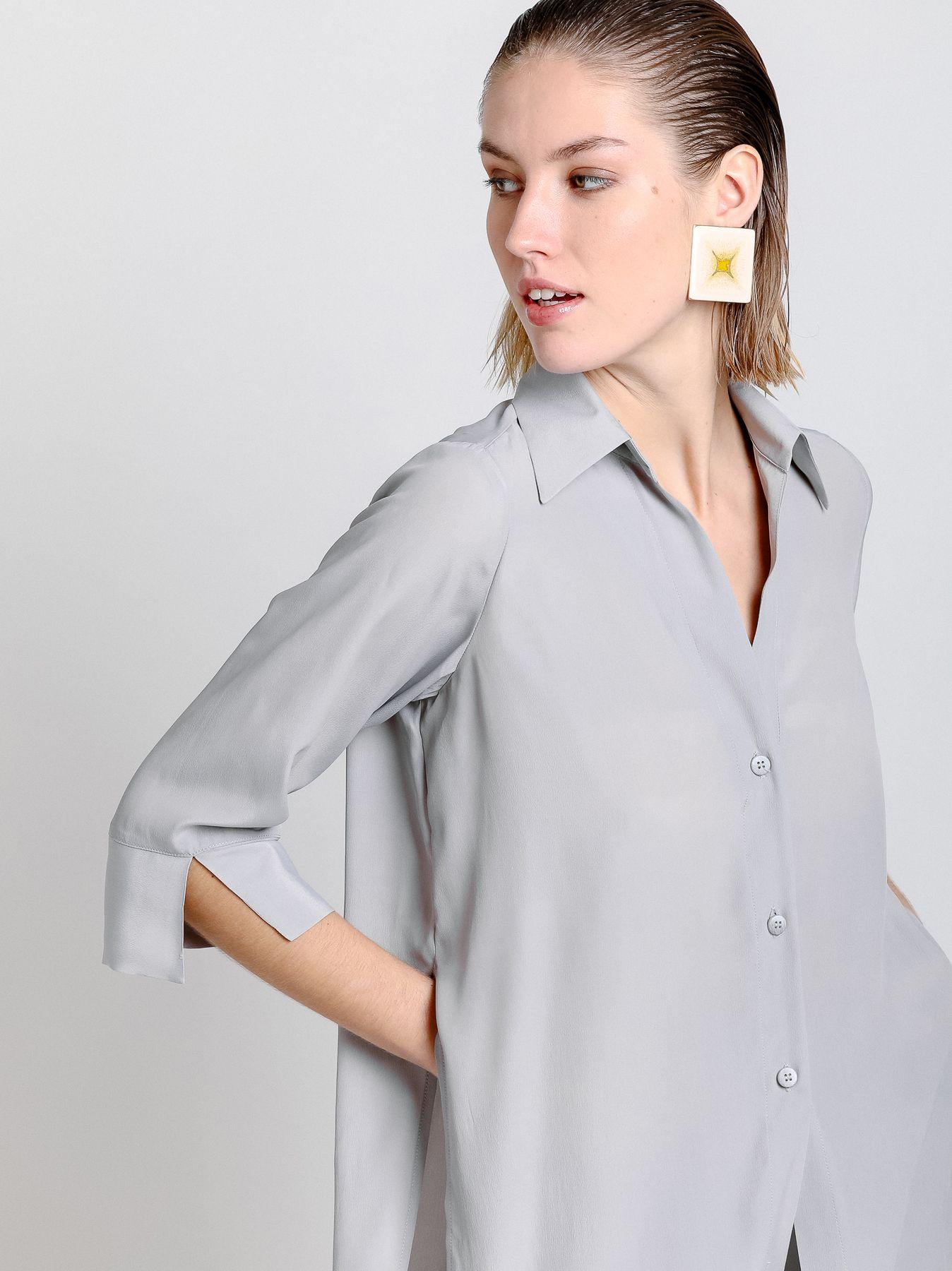 Camicia con fondo scalato
