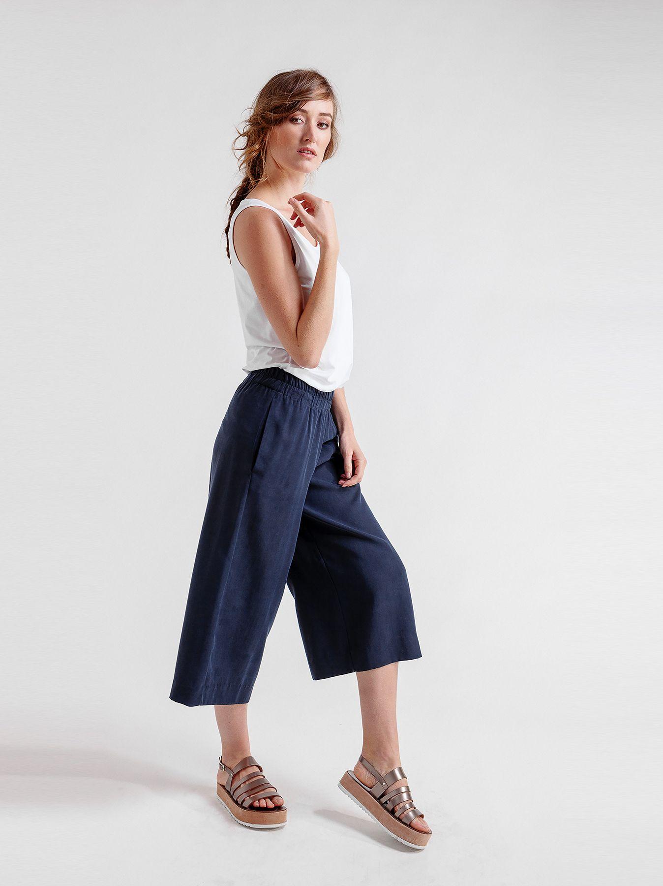 Pantaloni midi