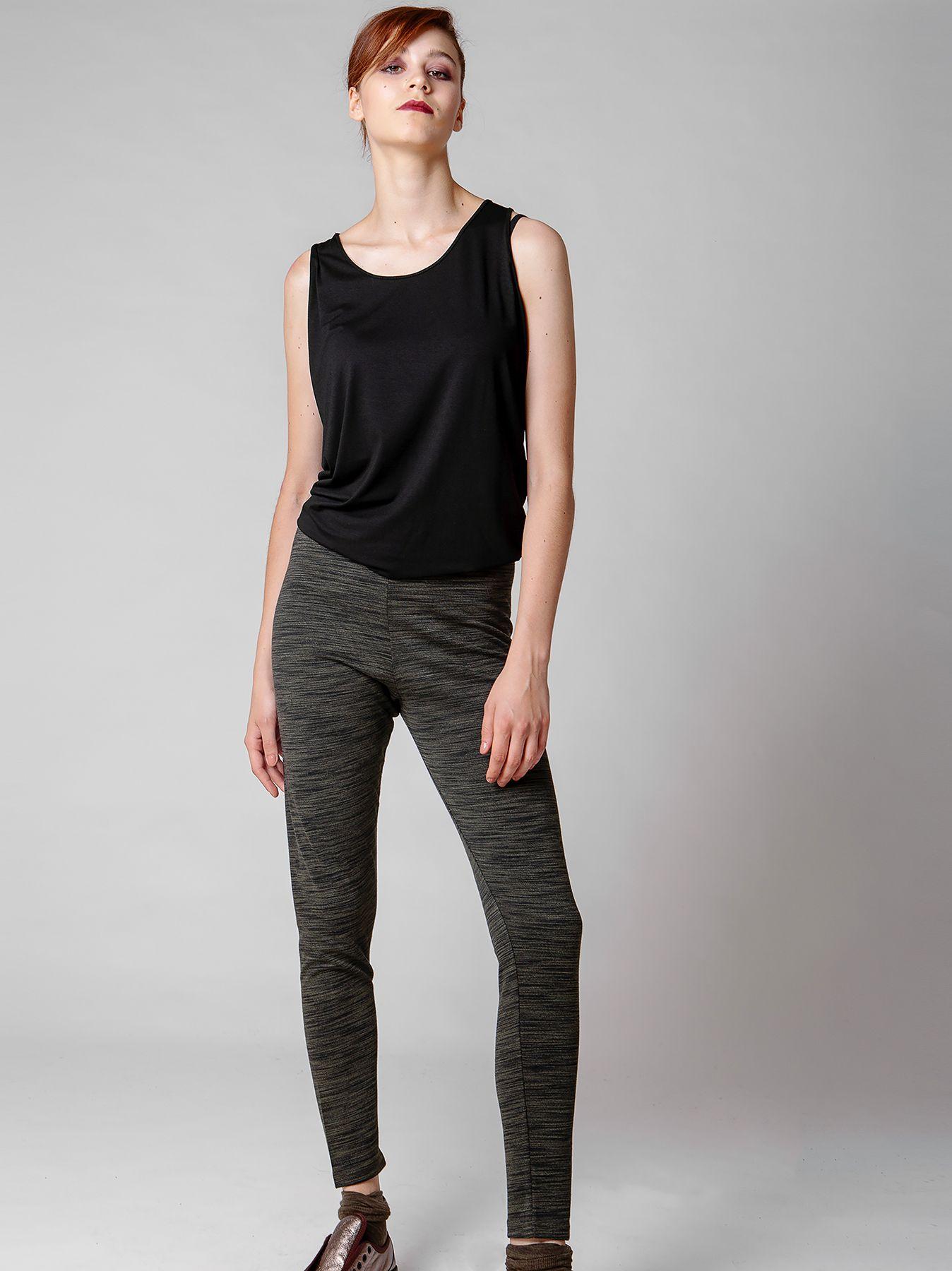 Pantalone aderente